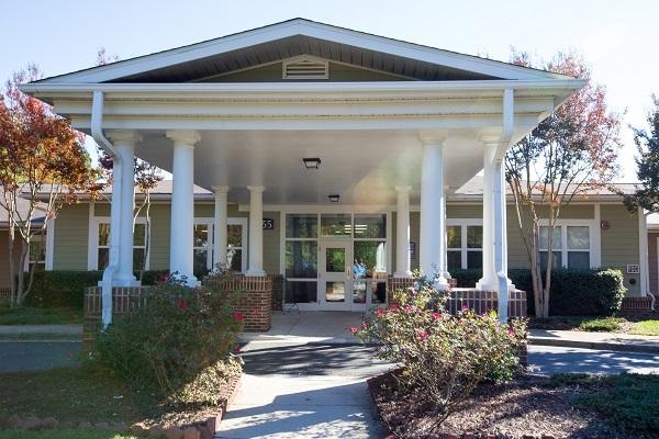 Commercial Painters Newton MA - Apartment Building - ProTEK Painters 600x400