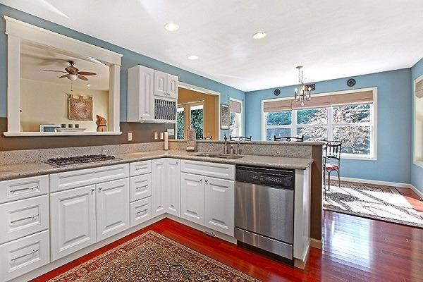 Best Paint for Kitchen Cabinets - Newton MA - ProTEK Painters
