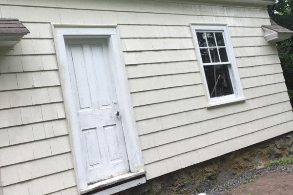1 BEFORE – Exterior Painting – Newton MA – Faded Garage – ProTEK Painters 600X400