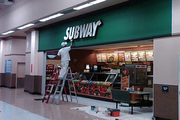 Commercial Painters - Subway - Newton, MA - ProTEK Painters 600x400
